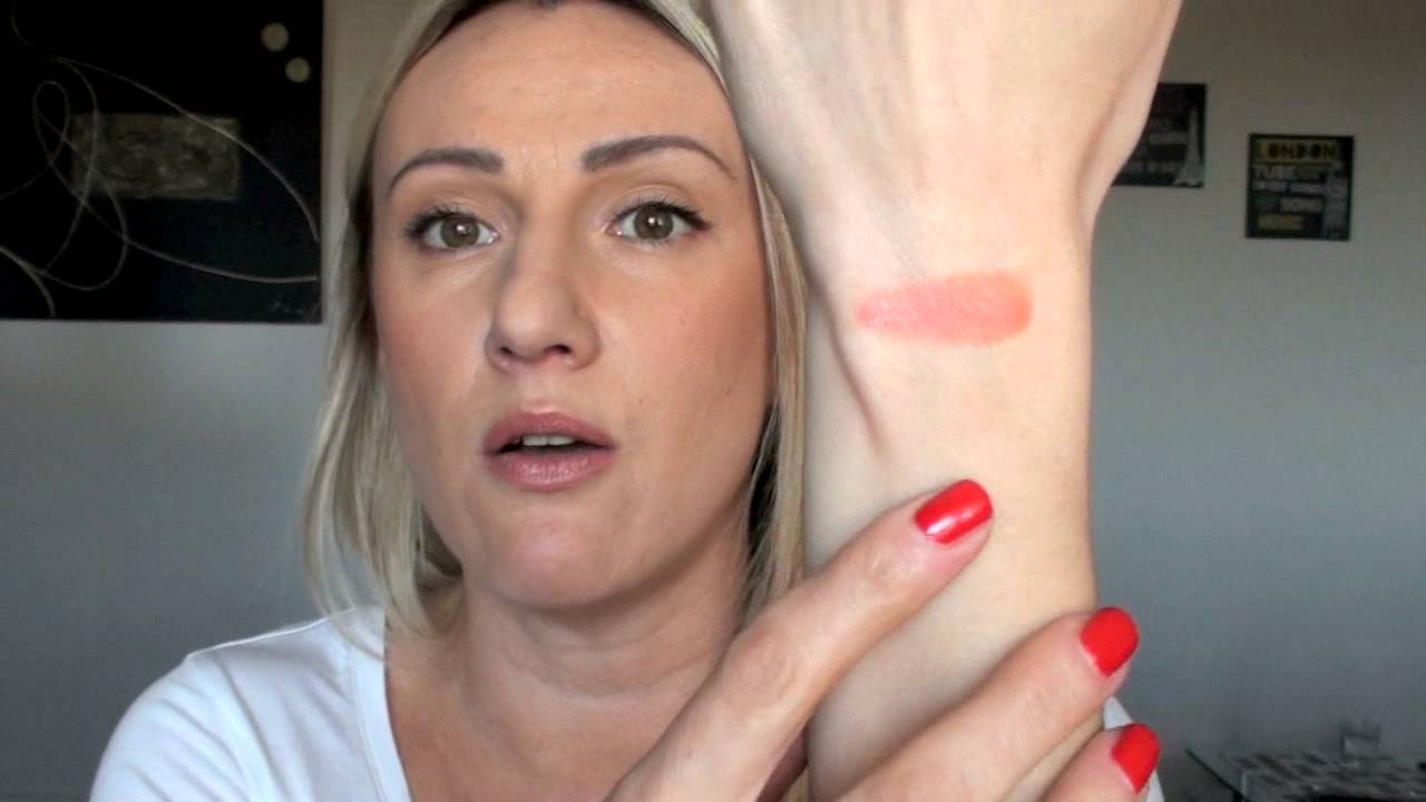 Kjaer Weis Swatches Des Blush Creme Youtube