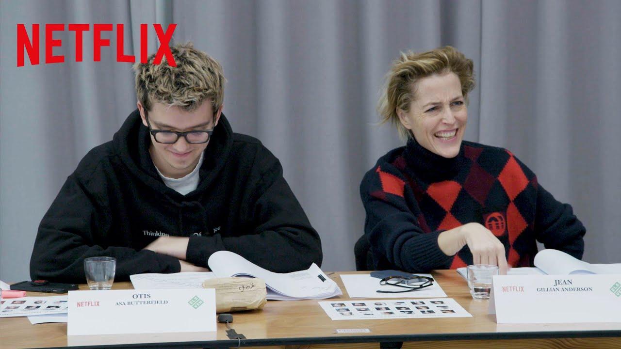 Reacciones del elenco de Sex Education ante los guiones de la temporada 2 | Netflix