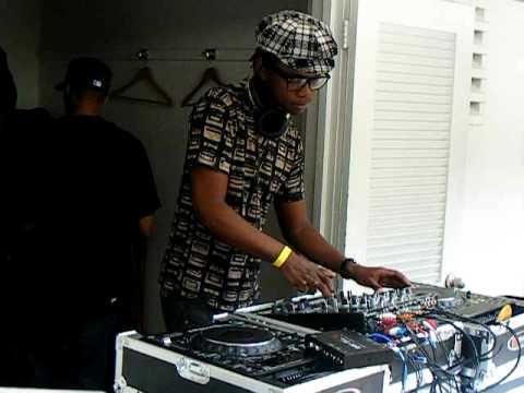 Culoe De Song @ the AfrodesiaMP3 pool party WMC2010