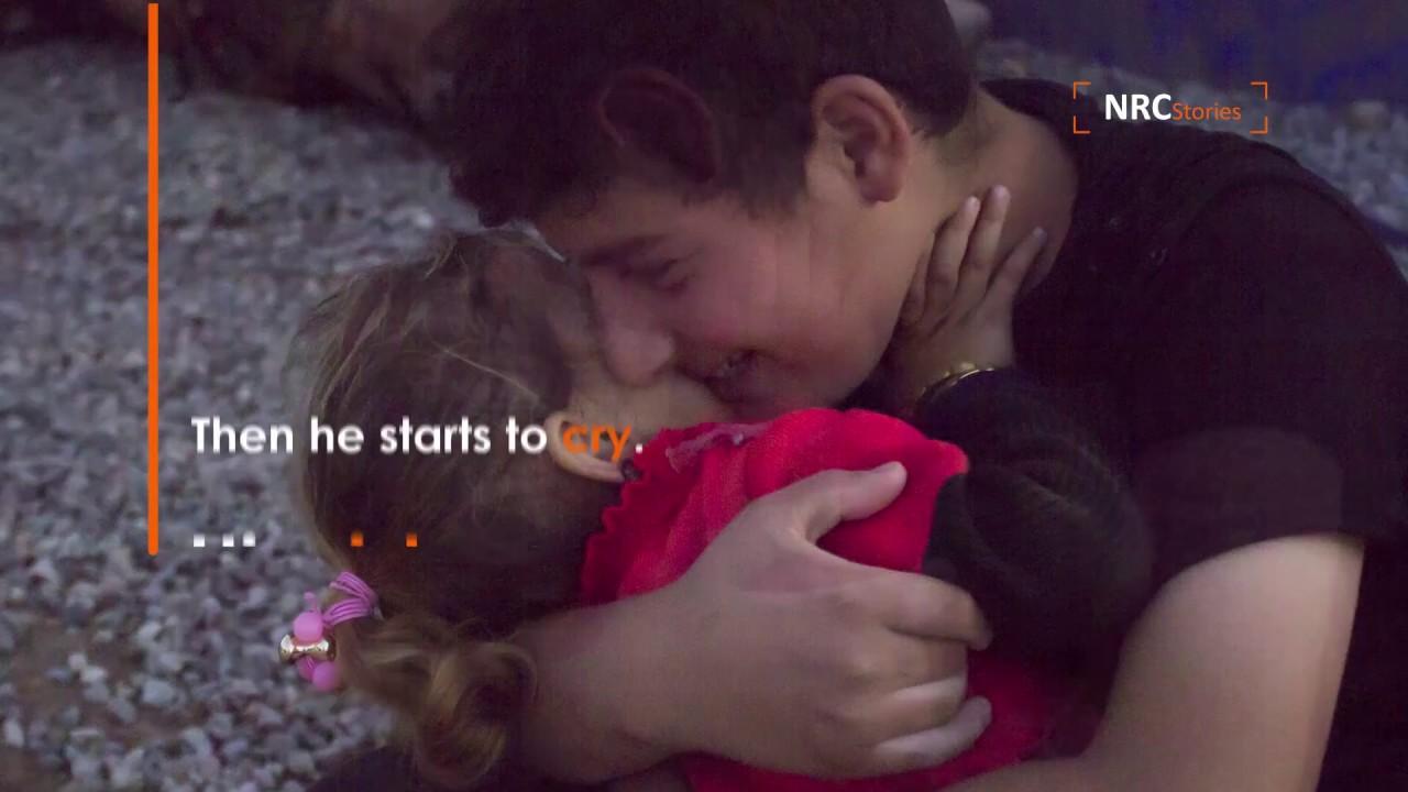 Un fratello maggiore e una sorellina di Mosul - Youtube-3450
