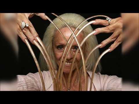 Cele mai lungi unghii din lume 9