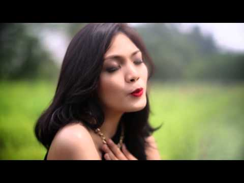Sabina Karina - Cinta Sesaat Official Music Video