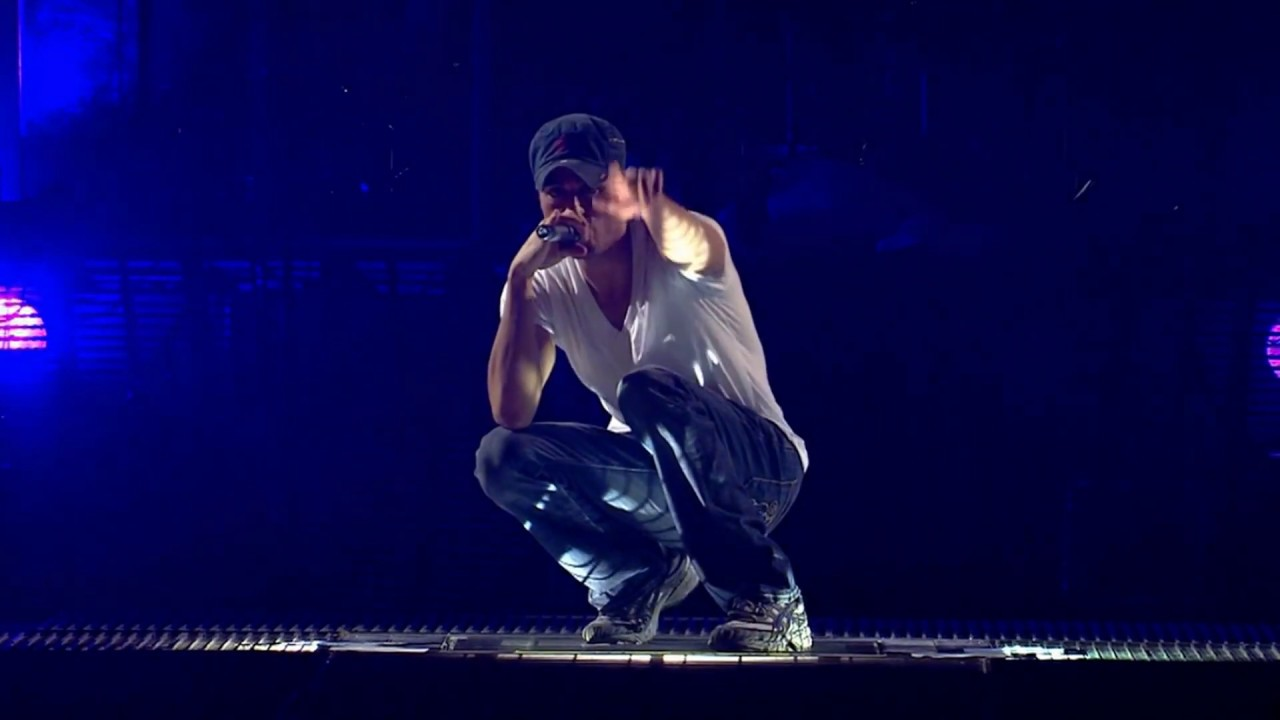 Enrique Iglesias Escape Live From The Oydessey Arena