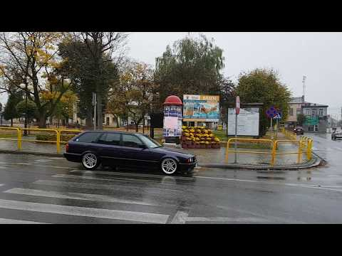 BMW E34 Touring techno-violet on styling 37