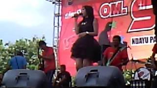 Download lagu Dangdut SERA-Goyang Baru ( komara geni )