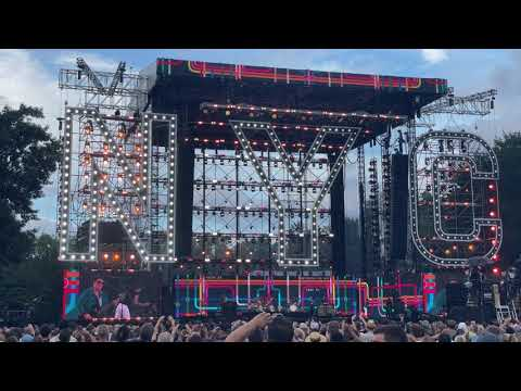 NYC Homecoming Concert – Journey – Don't Stop Believin'