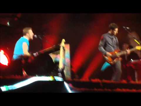 Coldplay - The Scientist (Live in Madrid 2011-10-26)