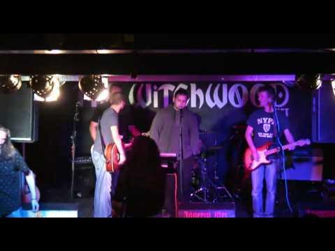 rockyoke - live band karaoke does the clash