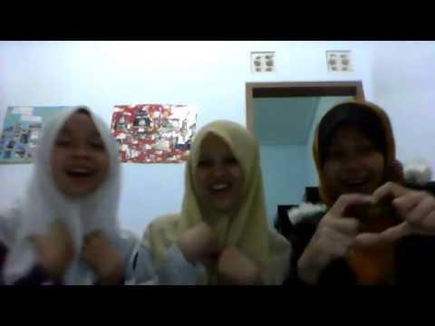 Oki Setiana Dewi - Hijab I'm In Love (Hen, Cha, Kom)