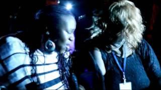 Dynelle Rhodes und Ingrid Arthur *After Show Party* ( nach der Prem...