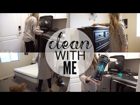 CLEAN WITH ME | DEEP CLEANING MY GUEST ROOM | CLEANING MOTIVATION
