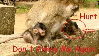 Broken Heart! Why? Baby Cody N0 Mistake Why Grandma  Lizzy Slap Like This? thumbnail