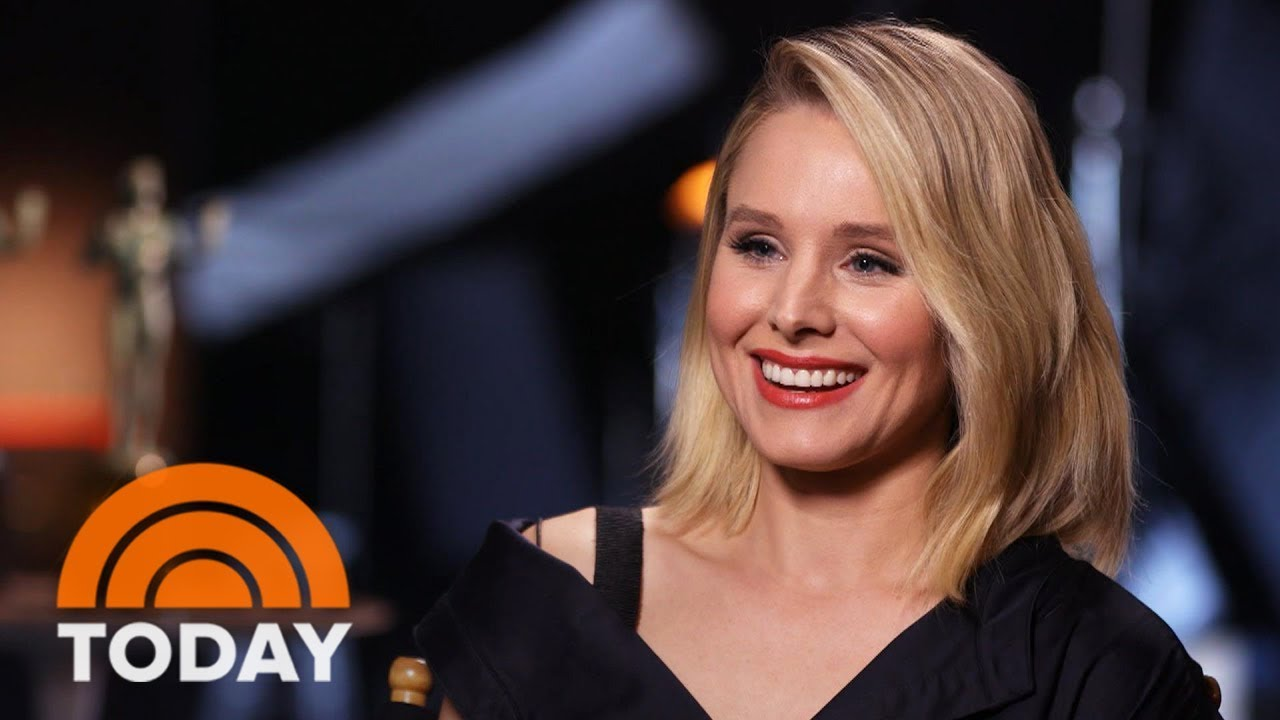 kristen bell talks about being first sag awards host but will she
