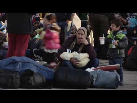 ΑΘΗΝΑ: ΠΡΟΣΦΥΓΕΣ ΣΤΟ ΛΙΜΑΝΙ ΠΕΙΡΑΙΑ / ATHENS: REFUGEES AT PIRAEUS PORT (2015-16) #14
