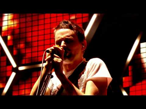 Muse - Where The Streets Have No Name (with The Edge) live at Glastonbury HD