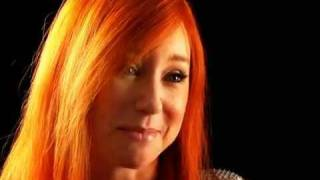 Tori Amos: Face to Face @ OUT.COM (Pt.2/2)