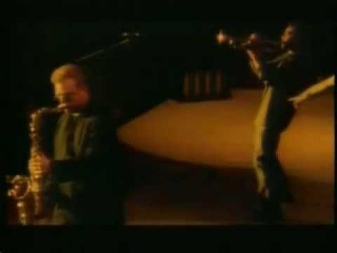 UB40 - Rat in my kitchen ( Live @ Finsbury Park 1991 )