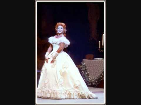 """Soprano - BEVERLY SILLS - La Traviata """" E' strano! è strano..."""" (Scena, aria e cabaletta)"""