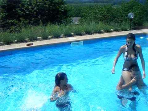 Margarita ago 2011 piscina abuelita doovi for Club piscine pool pump
