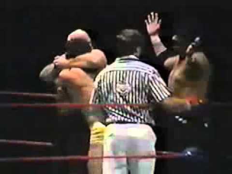 Steve Simpson and Joe Savoldi VS Mike Miller & Karl Steiner - Portland Wrestling (1985)