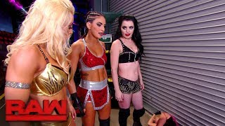 Download Video Paige, Mandy Rose and Sonya Deville brutalize Alexa Bliss: Raw, Nov. 20, 2017 MP3 3GP MP4