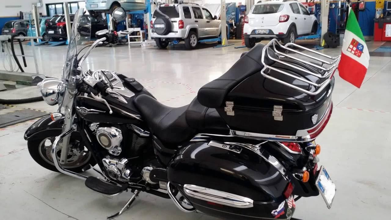 Kawasaki VN 1700 classic tourer con valigione posteriore ...