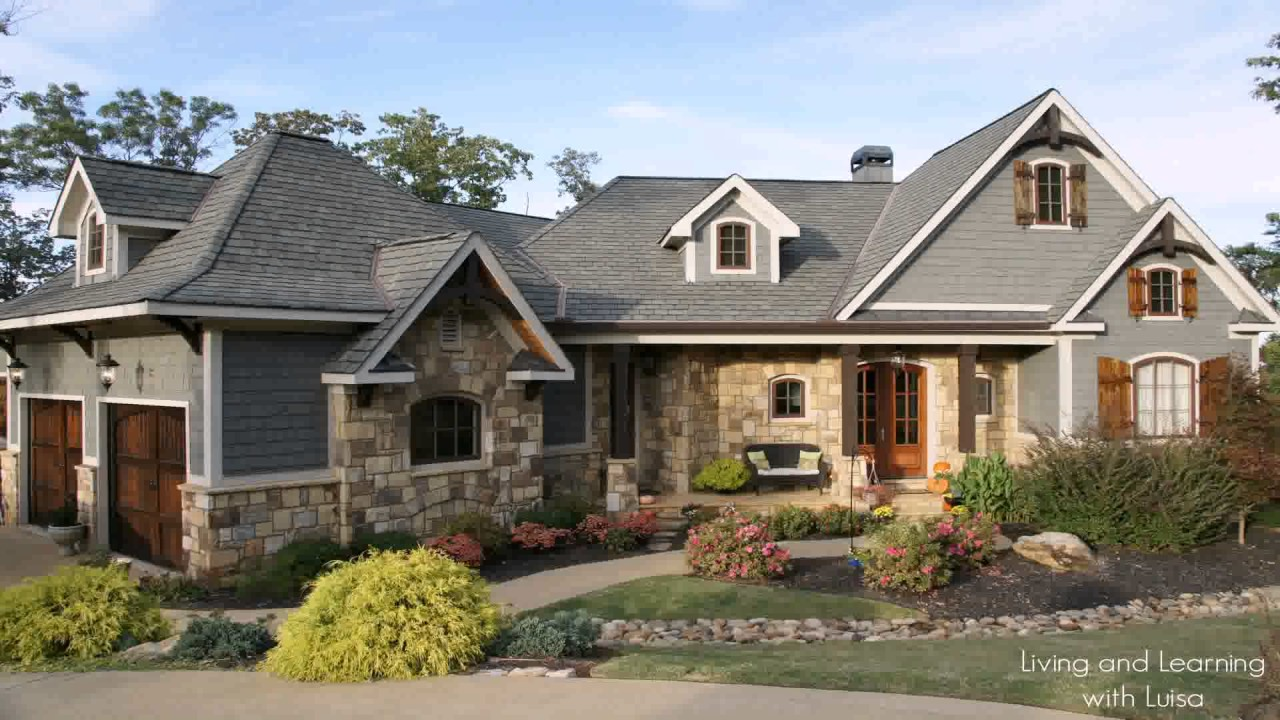 Craftsman style house tours youtube for Craftsman vs mission style