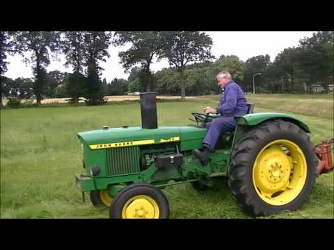 john deere 820 mowing youtube. Black Bedroom Furniture Sets. Home Design Ideas