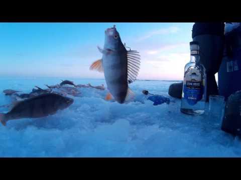 Рыбалка на акъярском водохранилище зимой