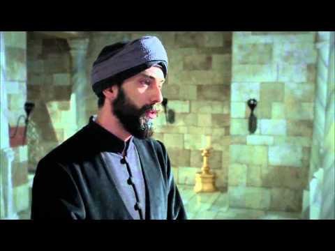 Szulejmán gyásza: Hürrem halála után, már semmi sem volt ugyan az. Az örömöt felváltja a szomorúság. A palota mely egykoron Hürrem szultána nevetésétől volt hangos, most megannyi ember könnyeitől zajos.