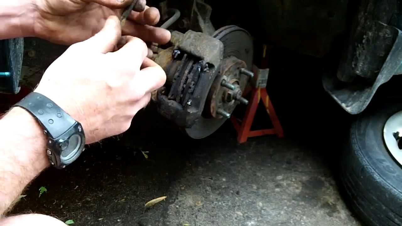 Service Manual Change Front Break Pads On A 1994 Ford Taurus How To Change The Front Brake