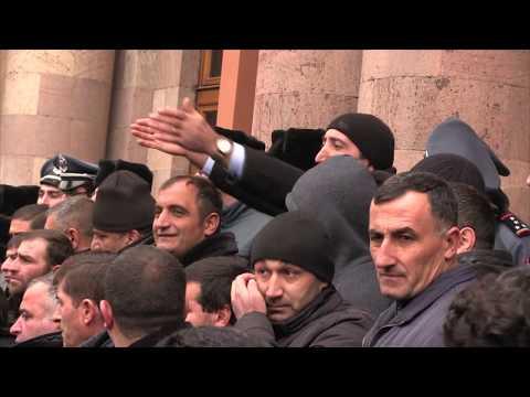 В Армении сельчане грозятся заблокировать дороги