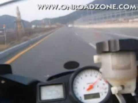 2000 YAMAHA YZF-R6 Onboard movie video . 0-100km/h 0-60mph acceleration