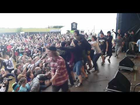 Stick to your Guns - This is More Live @ IeperFest 2011