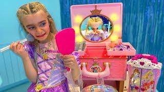 Las Ratitas se maquillan con los juguetes de Claudia