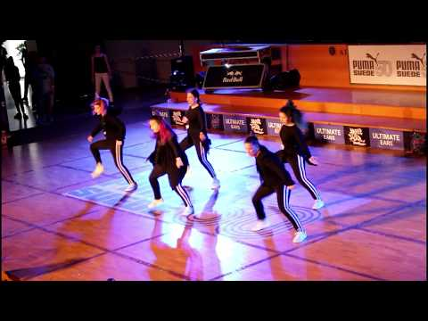 Ravens Crew show on Bounce Street Dance Contest (5/4/2018) (Flow Dance Lab)
