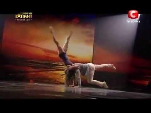 супер романтический танец и предложение super romanticheski tanec i - Cмотреть видео онлайн с youtube, скачать бесплатно с ютуба
