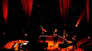 Tori Amos - Snow Cherries from France