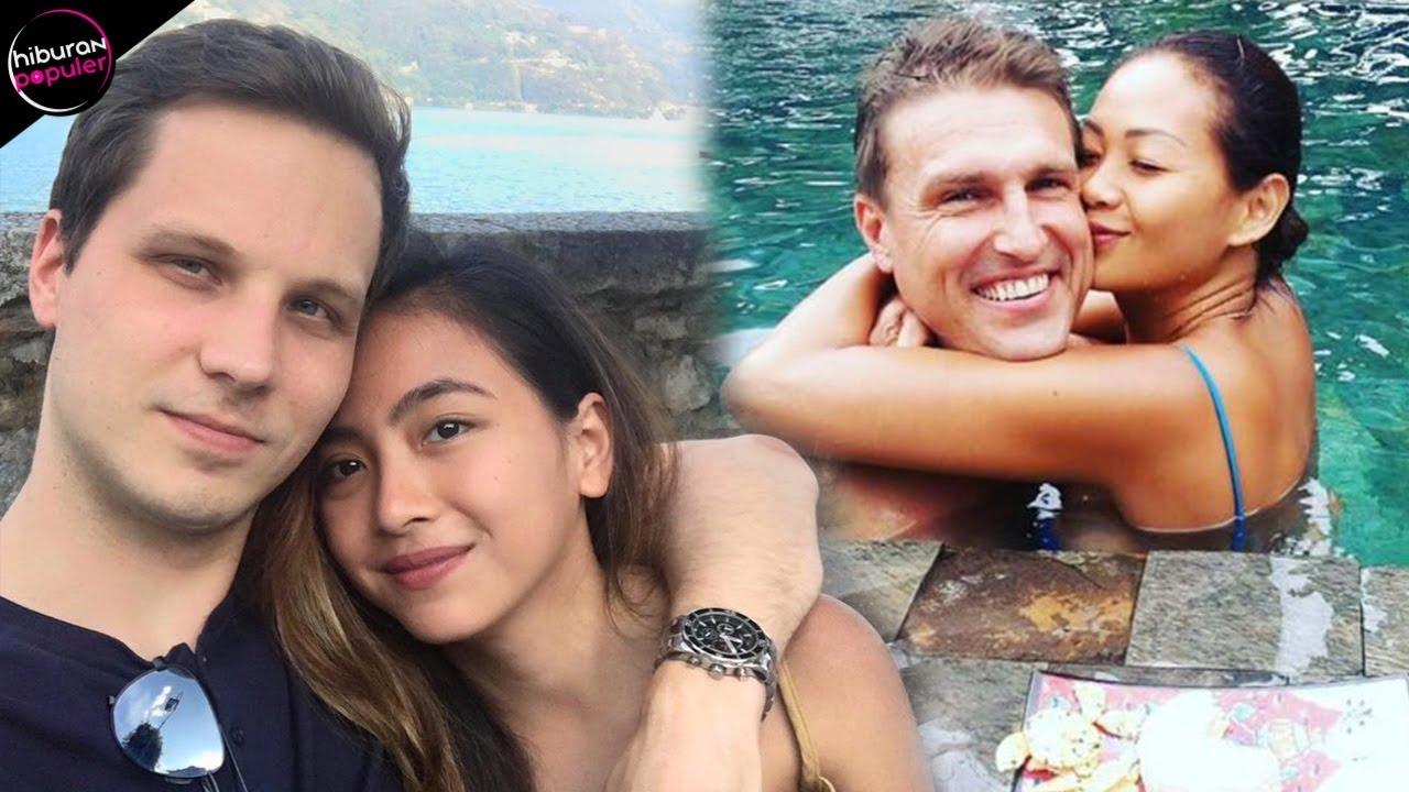 Demi Cinta Bule Ini Rela Pindah Agama 10 Artis Indonesia Yang Sukses Menikah Dengan Bule Mualaf Youtube