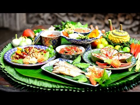 Top 10 Most Famous Thai Food you must to try one!!!