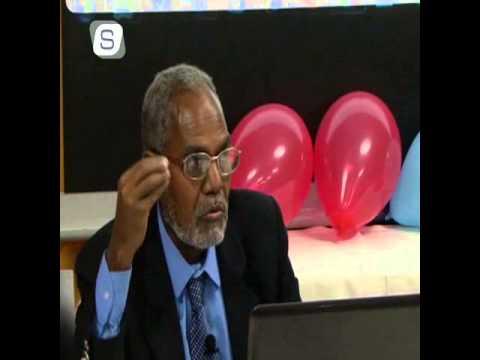 """Prof. Cabdalla Cumar Mansuur Bandhigga Buuggiisa """"Taariikhda iyo Luuqadda Bulshada Soomaaliyeed"""" (1)"""