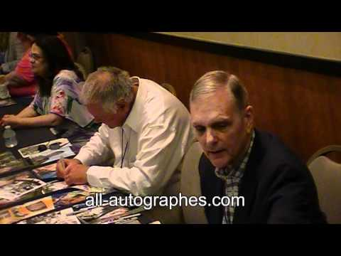 Keir Dullea et Gary Lockwood signent pour Allautographes.com   Dullea & Lockwood sign autographs