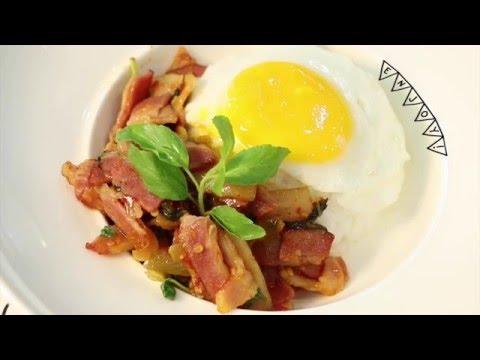 ผัดกะเพราเบคอน [Stir-Fried Bacon with Holy Basil Seasoning] by Lobo