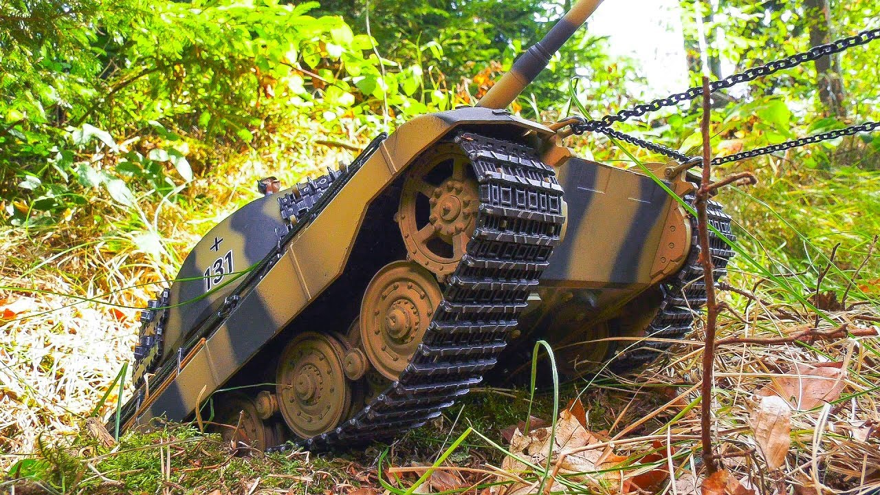 RC SCALE MODEL TANK IS STUCK IN A DITCH!! *RC MILITARY VEHICLES, RC ARMY TANK