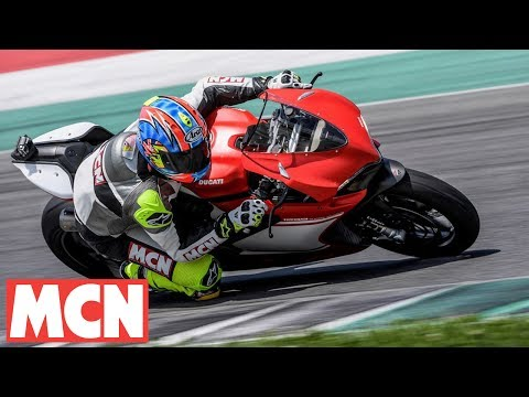 Ducati 1299 Superleggera World First | Feature | Motorcyclenews.com