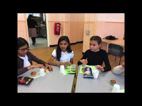 Creative Games for your 6 years old: Feed the Monkeys Off a Wall and Motorskilllearning from YouTube · High Definition · Duration:  56 seconds  · 431 views · uploaded on 18.10.2017 · uploaded by Motor Skill Learning