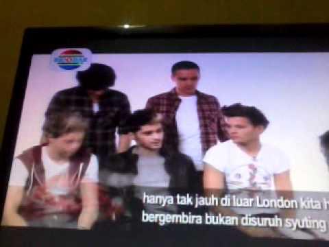 One Direction is interviewed by Gita Gutawa