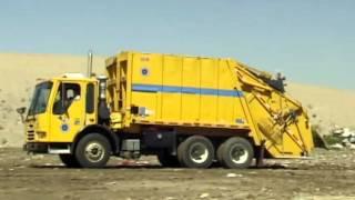 Единственный в своем роде видеоклип про мусоровозы!