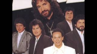 Watch Los Bukis Guapa video