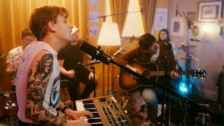 Scott Helman x Valley The Hotel Sessions Ep 9: Golf On TV (Lennon Stella f/JP Saxe)